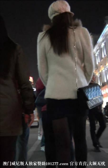 高跟黑丝超短裙OL美女【10P】