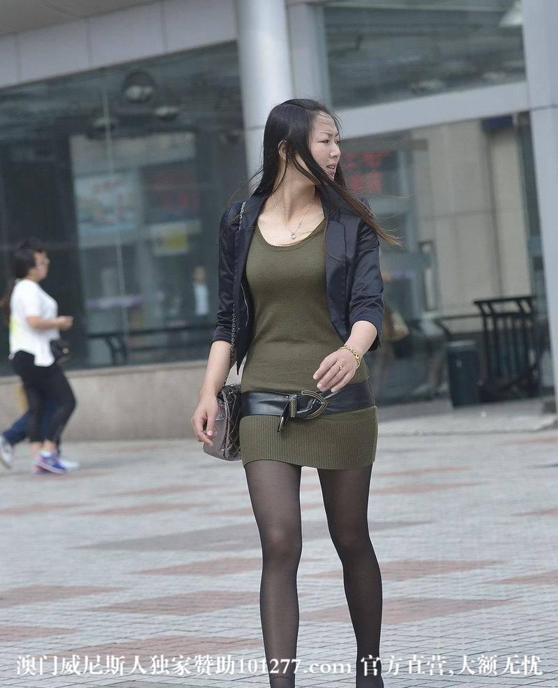 百货街拍的美女【9P】