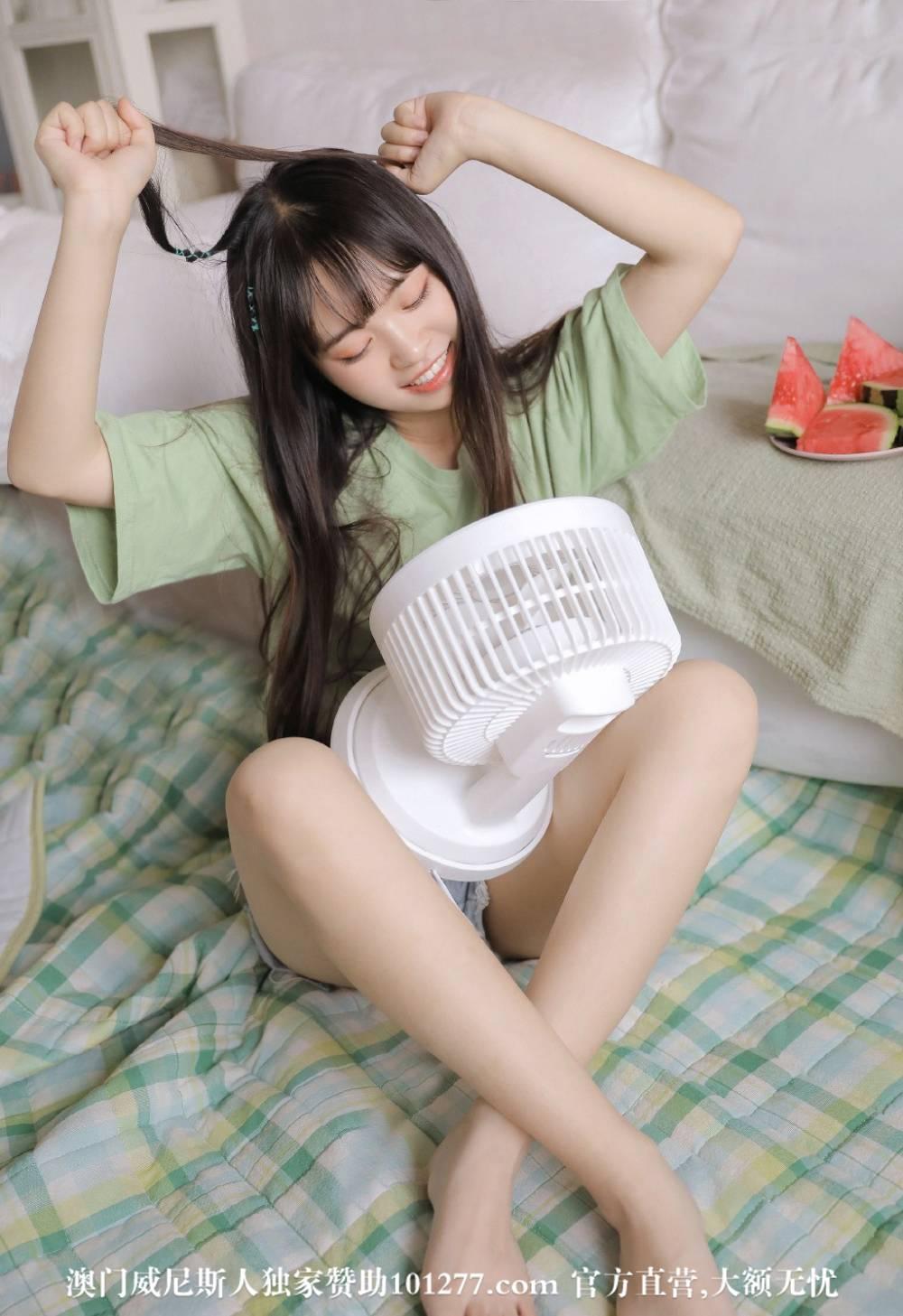 瓜飘香甜可人小妹【10P】